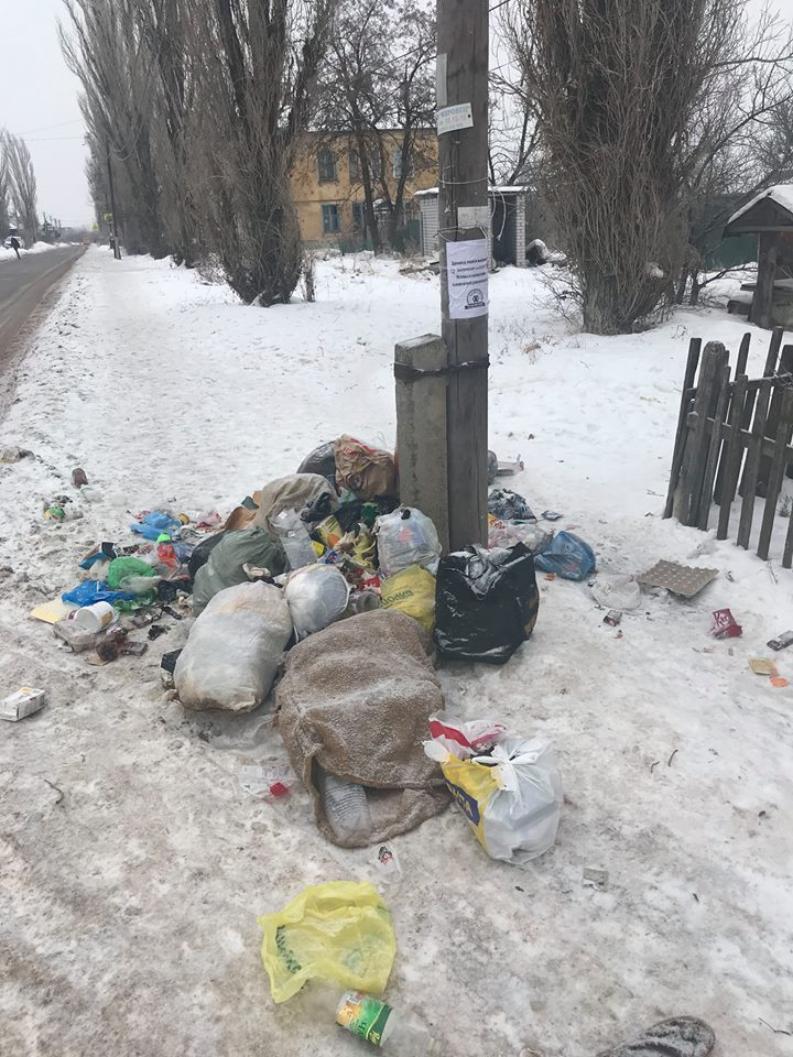 Мусорный коллапс: мэрия Волгограда бросает всю свою технику на вывоз  отходов