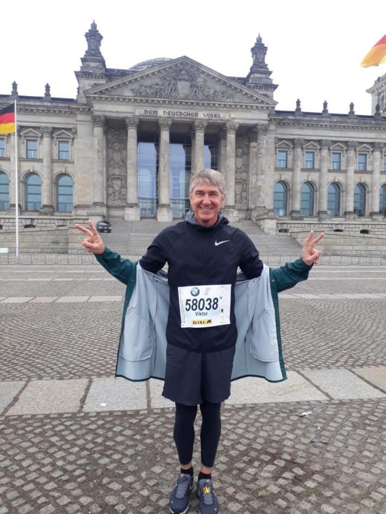 Бывший министр культуры уехал из Волгограда в Германию и стал настоящим греком
