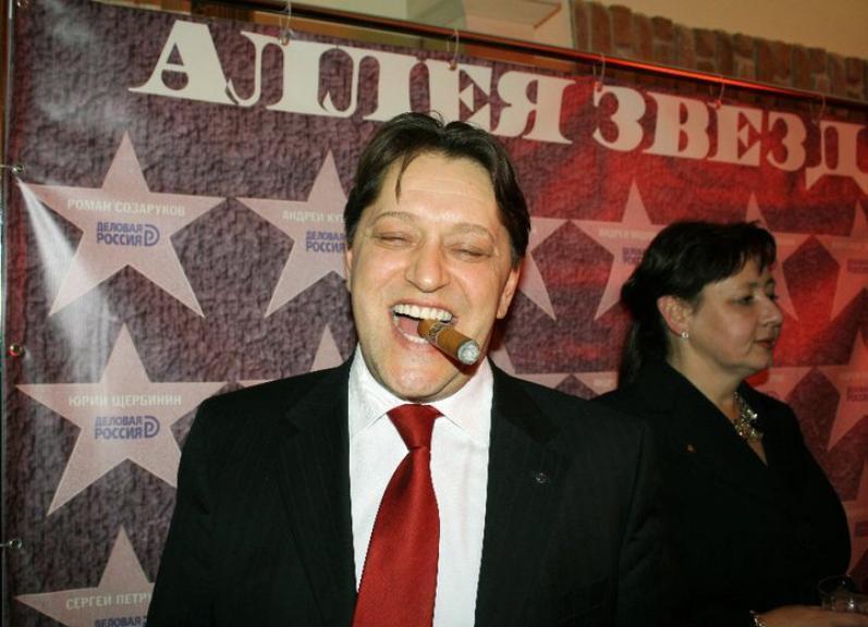 Волгоградский общественник рассказал, почему и за что он любит лопату