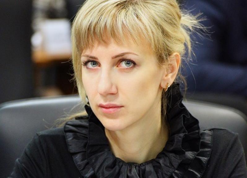 Андрей Бочаров назначил своим заместителем 39-летнюю красавицу