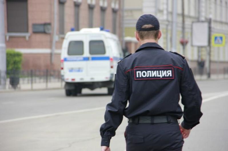 Тысячи полицейских и бойцов Росгвардии патрулируют улицы праздничного Волгограда