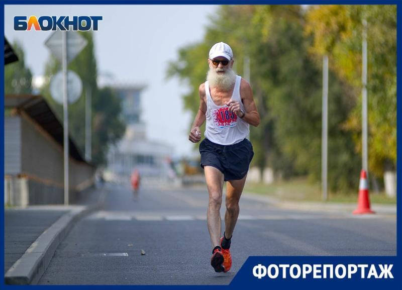 И стар и млад: спортивные волгоградцы пробежали «Гандикап»