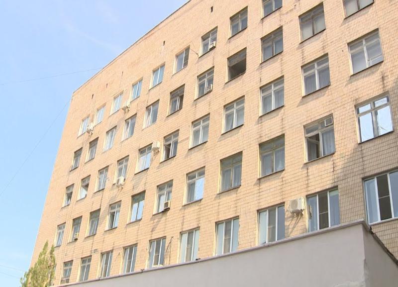 Решил попиариться, - Эдгар Петросян о неожиданном визите Бочарова в больницу в Волжском