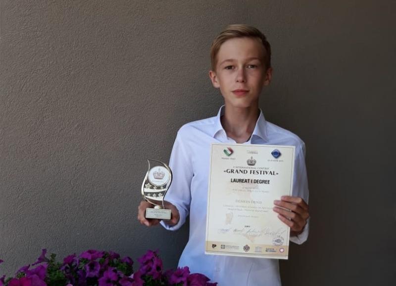 Волгоградец одержал вторую победу на вокальном конкурсе в Италии