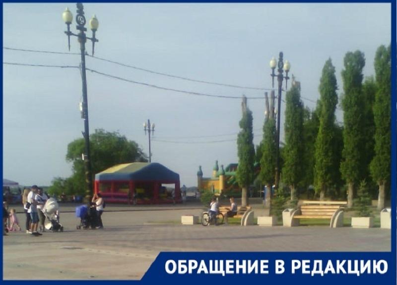 Волгоградка жалуется на неработающий в жару фонтан в парке «Юбилейный»