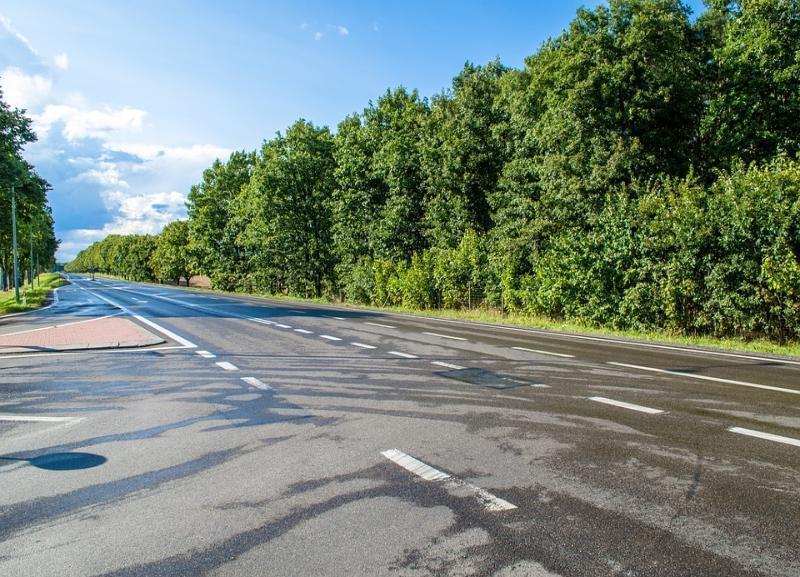 Четыре человека пострадали в ДТП с иномарками на федеральной трассе под Волгоградом