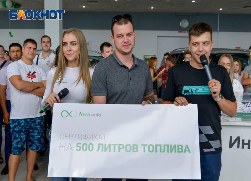 Гонки на крыше и 500 литров топлива: как прошел большой праздник дрифта в Волгограде