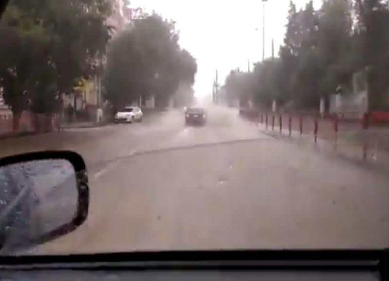 Своей версией потопа на дорогах Волгограда за последние два дня поделились в мэрии