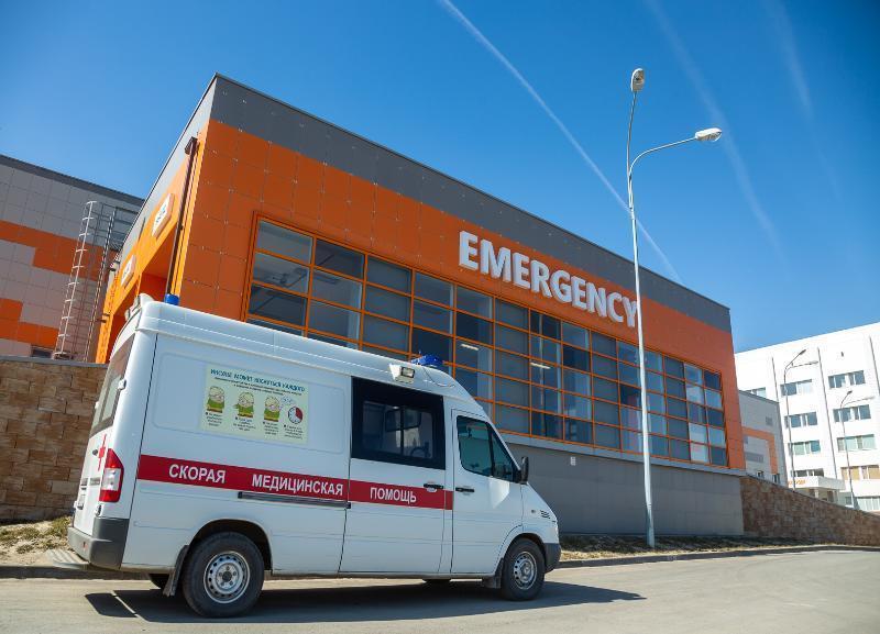 Дмитрий Медведев подписал распоряжение на поставку в Волгоград школьных автобусов и карет скорой помощи