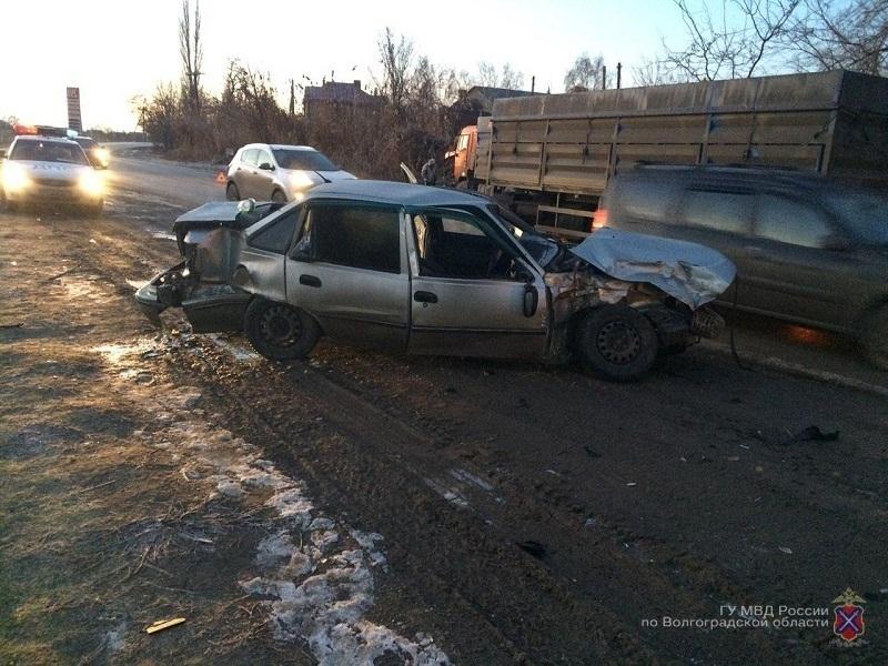 Шофёр ипассажир «Нексии» пострадали в трагедии сКамАЗом