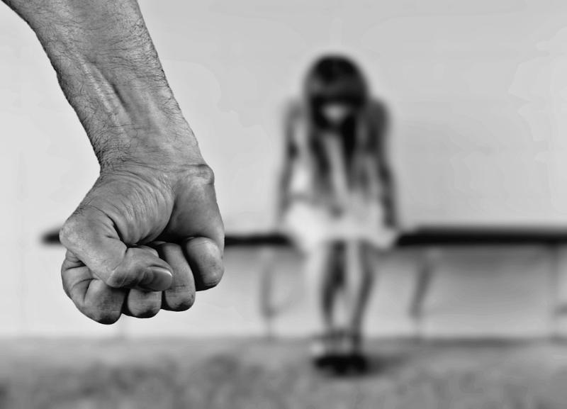 Педофил надругался над 9-летней девочкой в Волгограде