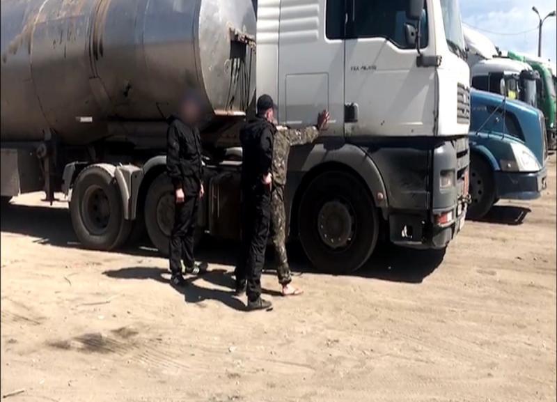По ночам в Волгоградской области тайно похищали нефть