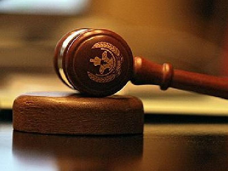 В Волгограде экс-прокурор взят под стражу в зале суда