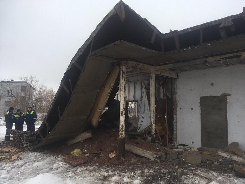 32-летний волгоградец погиб, задавленный бетонной плитой