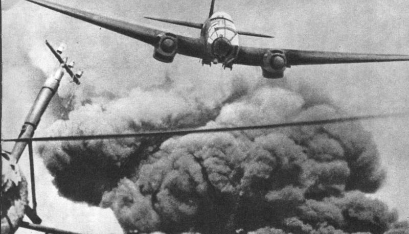 21 октября 1942 года – до 2 тысяч раз в сутки самолеты врага поднимаются над Сталинградом