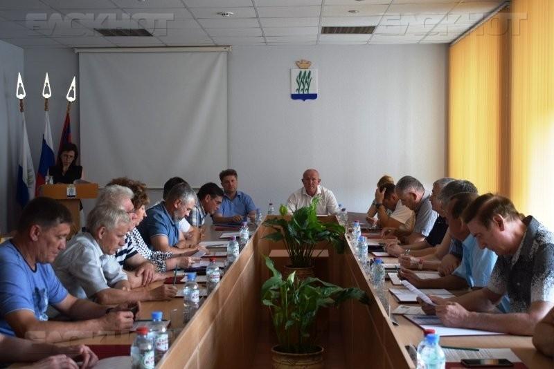Мандатное совершеннолетие планируют отметить камышинские депутаты