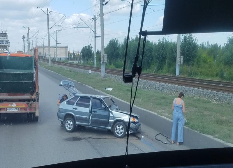 На месте жуткого ДТП с «четырнадцатой» на Волжской ГЭС снова произошла авария