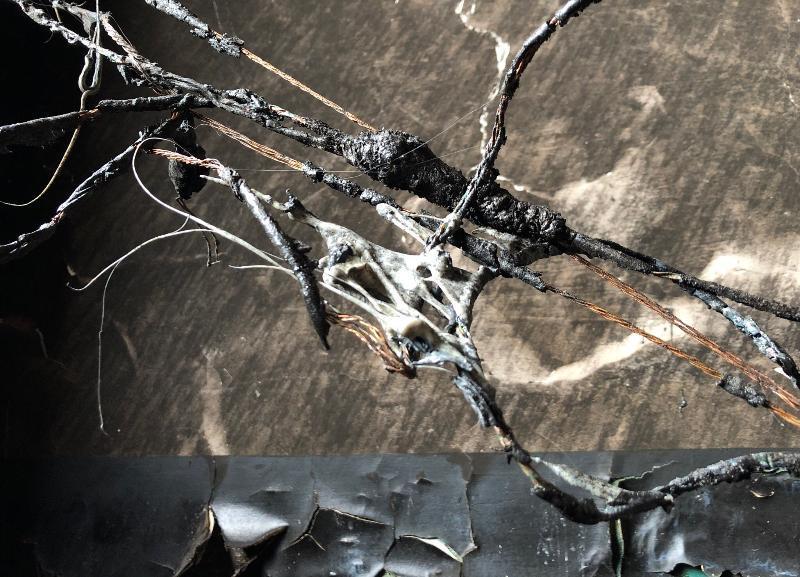В гараже под Волгоградом вместе с машиной сгорел 39-летний мужчина