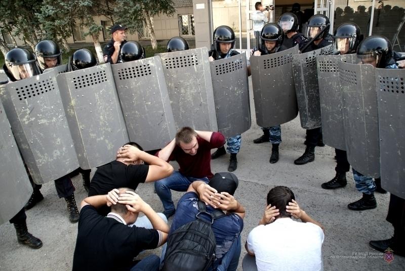 ВВолгограде силовики провели учения пообеспечению безопасности наЧМ