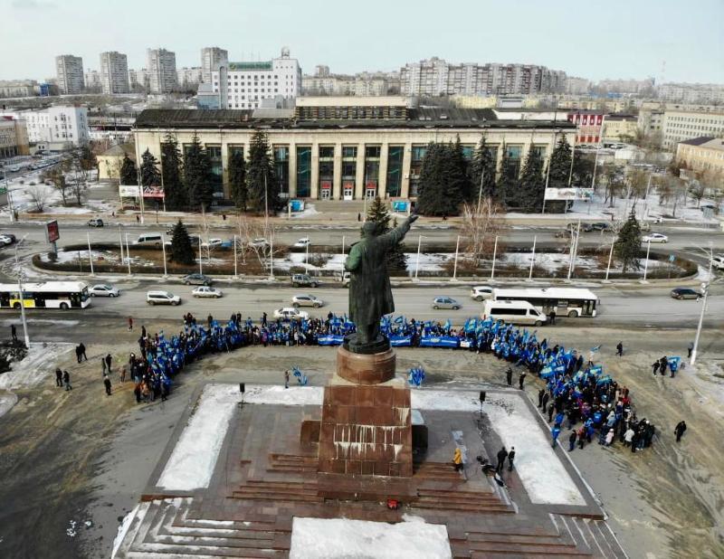 Власти Волгоградской области просто обнаглели, - депутат Госдумы на праздничном митинге