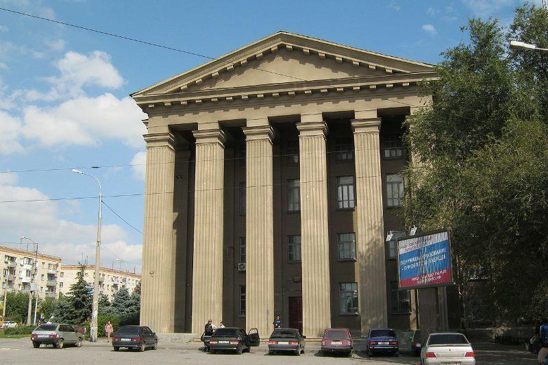 Техколледж в центре Волгограда отдадут под кабинеты чиновников