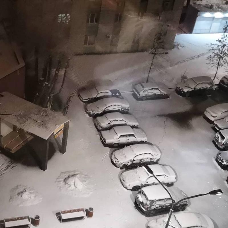 На 13-й день весны в Волгограде выпал снег