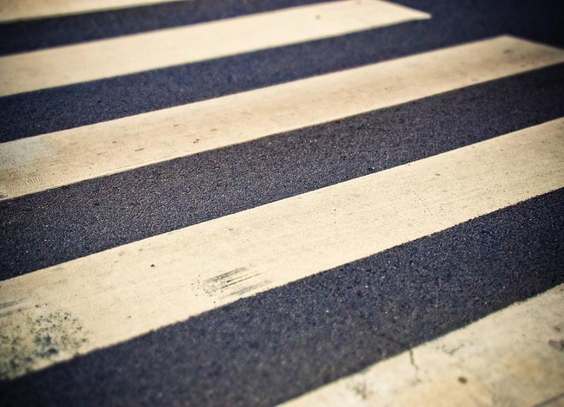 20-летний водитель за рулем Kia сбил пенсионерку на переходе в Волгоградской области и уехал