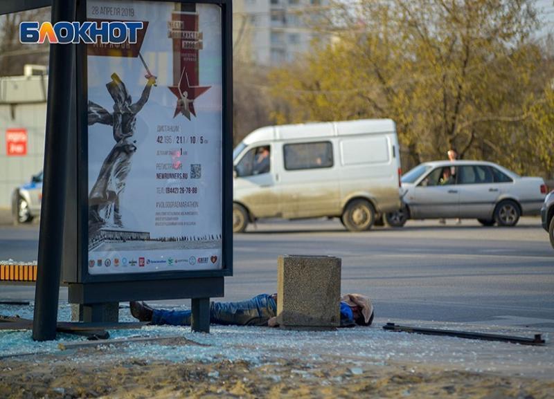 Подозреваемый в смертельном ДТП на остановке с маршруткой №49С в Волгограде идет под суд