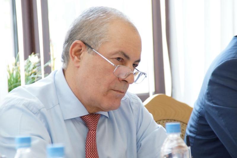 Назвавшего пенсионеров алкоголиками и тунеядцами депутата Набиева 21 марта официально лишат мандата