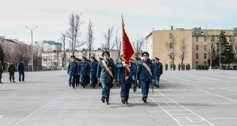 В Волгограде прошла первая репетиция парада Победы