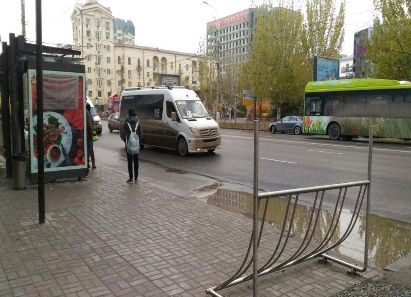 Волгоградских дачников первые автобусы повезут в шесть утра