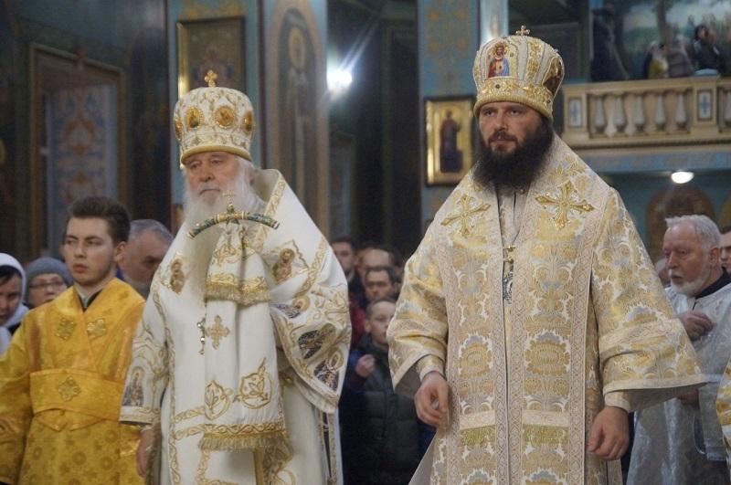 «Блокнот Волгограда» публикует видео красивейшего рождественского богослужения двух митрополитов