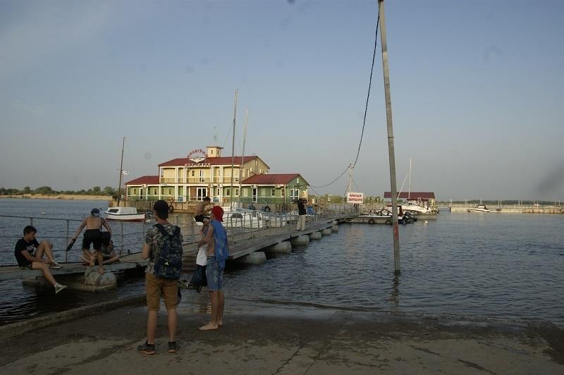 10-летний мальчик утонул в ерике на глазах у сестры в Волгоградской области
