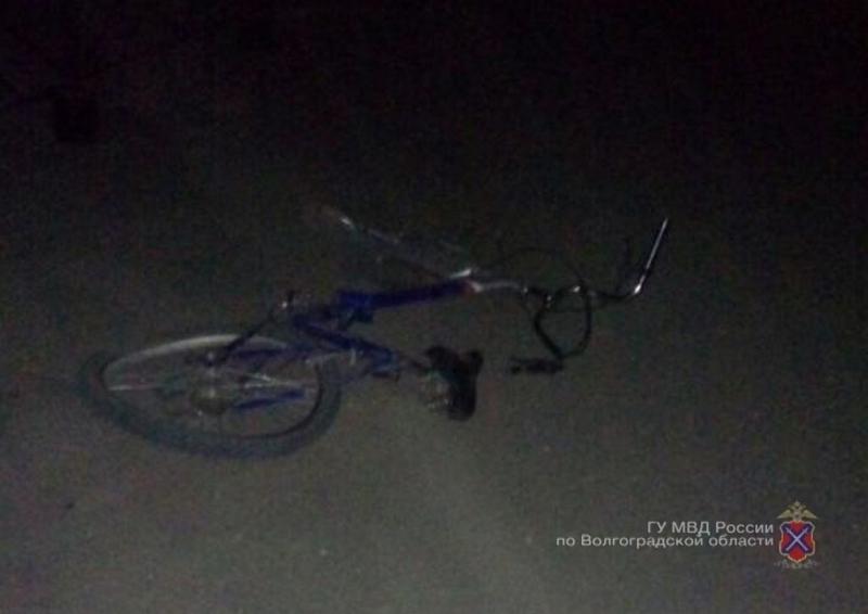 ВВолгоградской области двое молодых велосипедистов пострадали вДТП +1