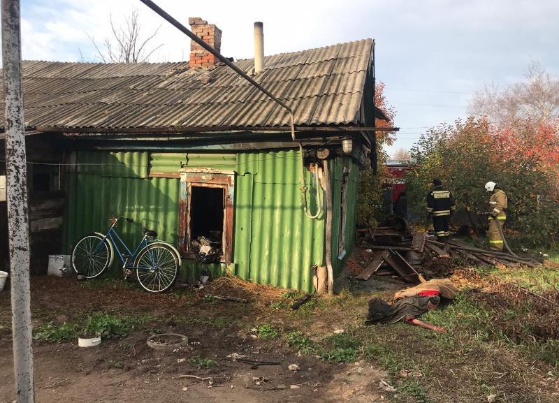 Стали известны подробности пожара, который унес жизни двух человек под Волгоградом