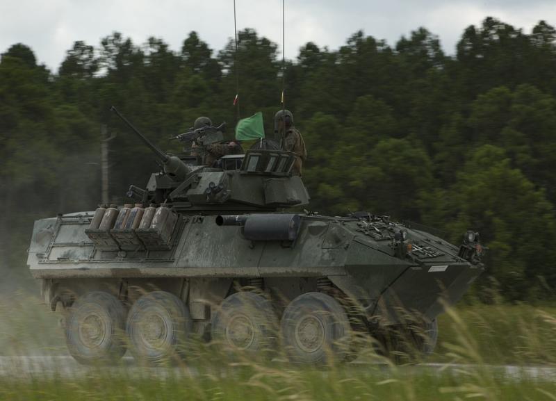 В случае войны УК Красноармейского района Волгограда готова применить танк и БТР-80