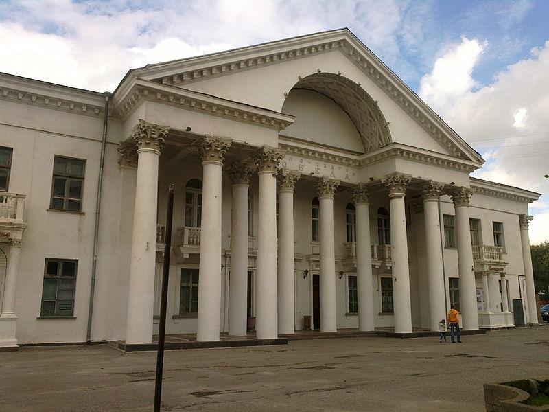 Кинотеатр «Победа» волгоградские депутаты подарили области