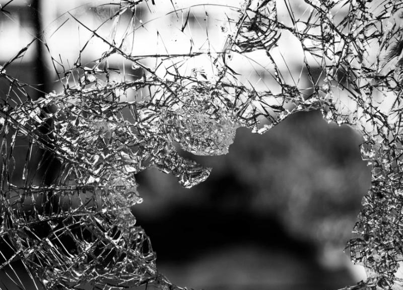 Два грузовика столкнулись ночью в Волгоградской области