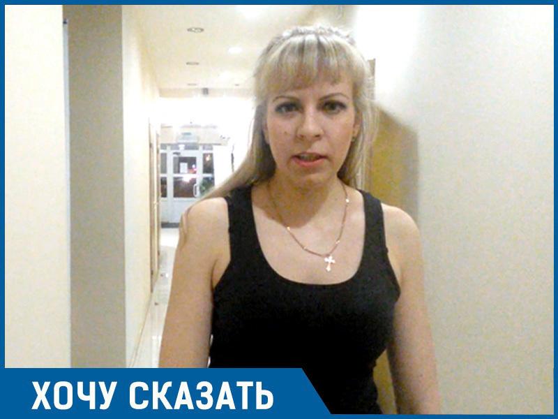 Пусть власти сами попробуют доехать на автобусе из Кировского в Дзержинский без своих авто, - волгоградка