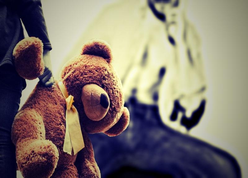 Психически нездоровую мать посадили в колонию за истязание 2-летнего сына в Волгограде