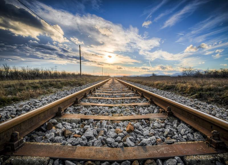 Сломавшийся локомотив парализовал движение в Тракторозаводском районе Волгограда