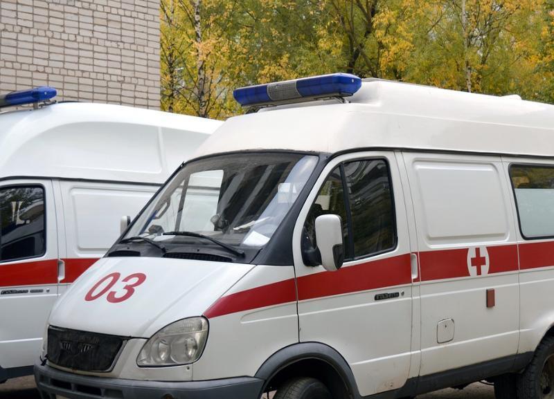 Неизвестный водитель на «шестерке» выехал на встречку в Волгограде: 10-летний ребенок в больнице