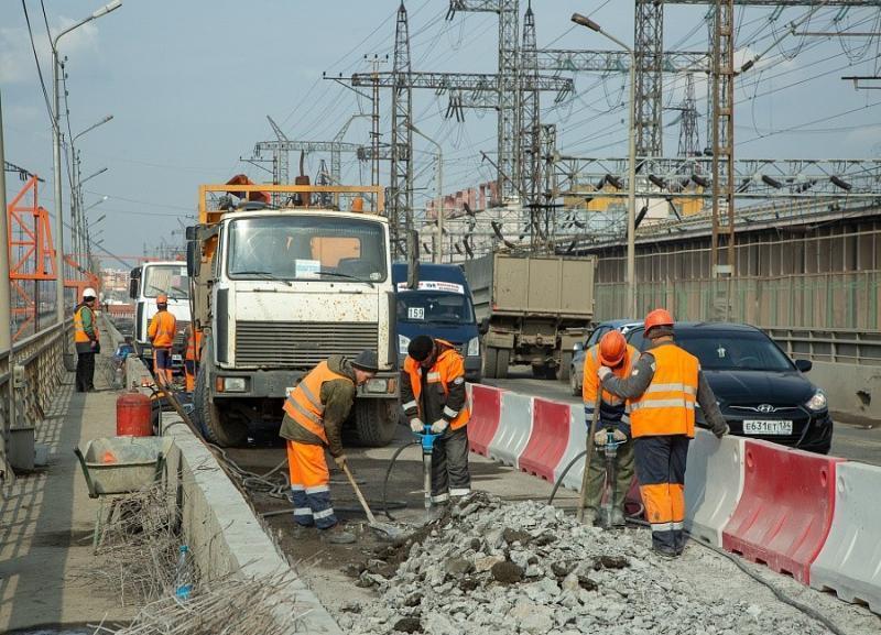 В очередной раз Волжскую ГЭС парализовала пробка
