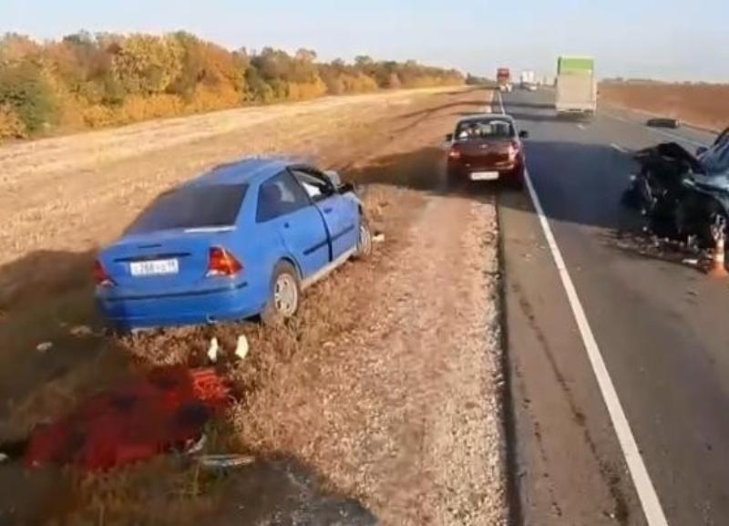 Пытался объехать фуру: появились подробности страшной аварии в Михайловке с погибшим мужчиной и двумя пострадавшими