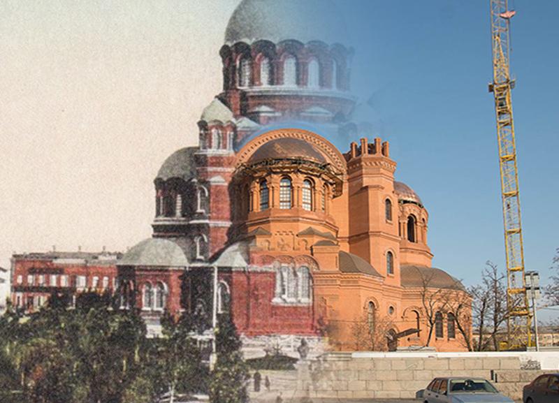 Тогда и сейчас: храм Александра Невского в Волгограде в затрибунной части площади Павших борцов