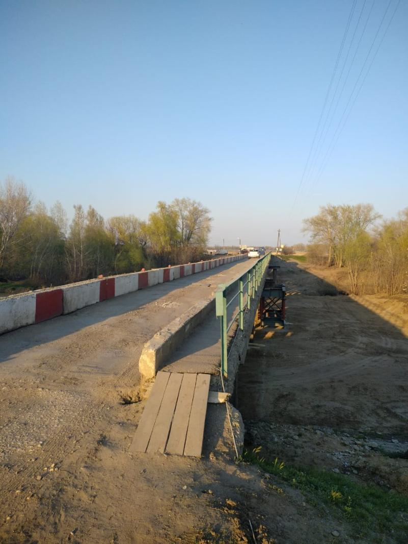 Рабочих мы не видели: волгоградцы о ремонте моста и отчетах чиновников