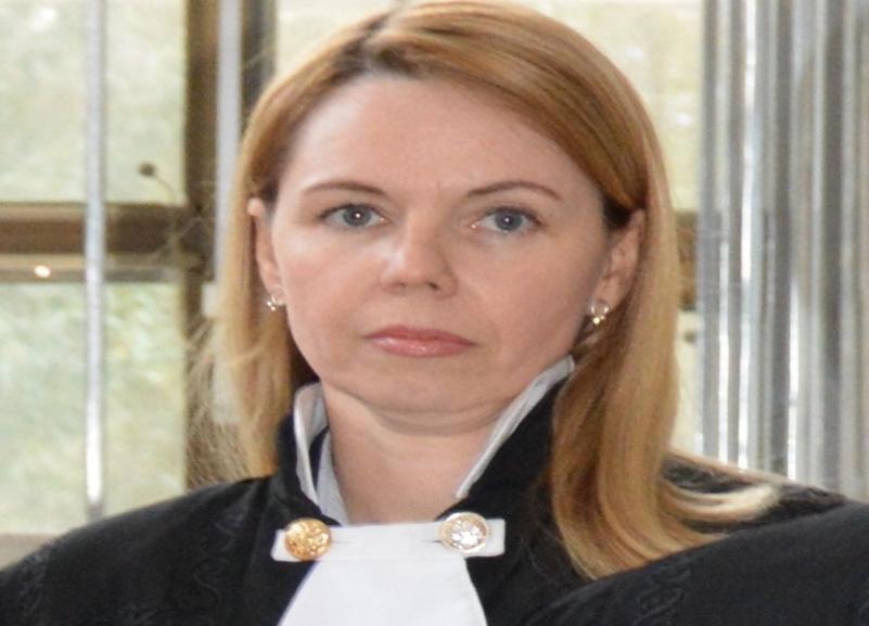 Скоропостижно скончалась 45-летняя судья Волгоградского облсуда