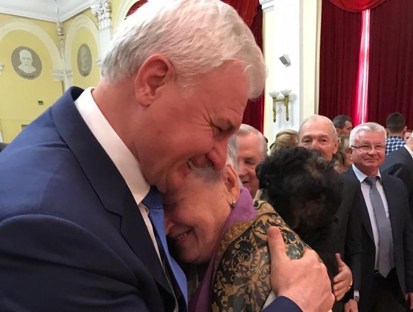 Волгоградский депутат Госдумы впервые стал дедом