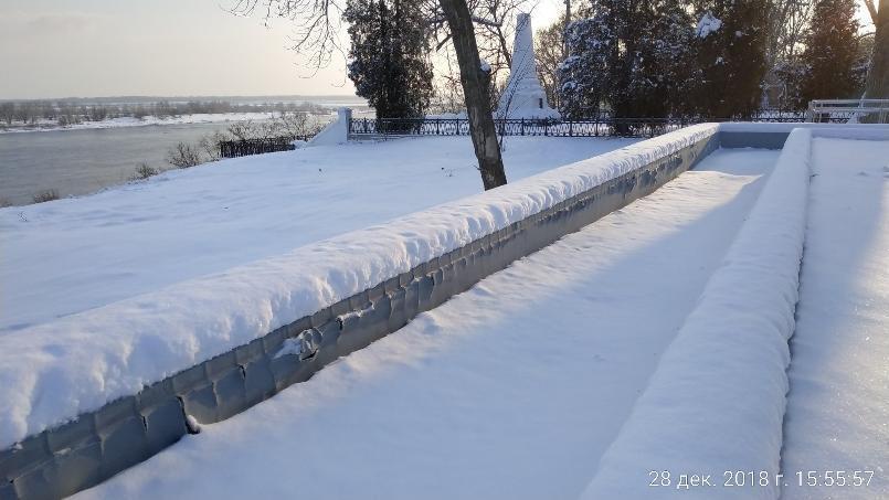 После ремонта в Волгограде разваливается памятник героям Сталинградской битвы