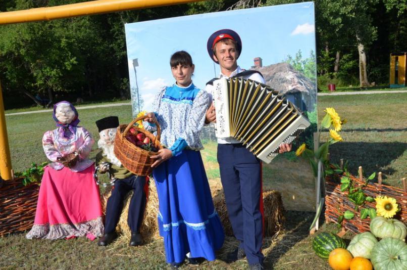 С любовью к Дону: казаки провели свой фестиваль
